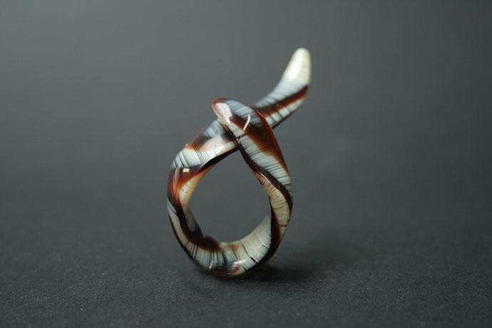 1-anello-lunga-crema-con-liquirizia