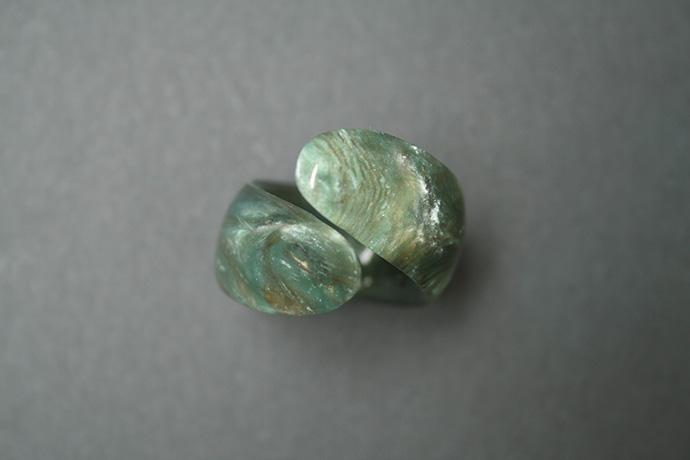 1-anello-un-tocco-d'unghia