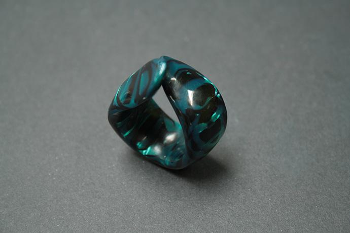 3-anello-smeraldo-zebrato