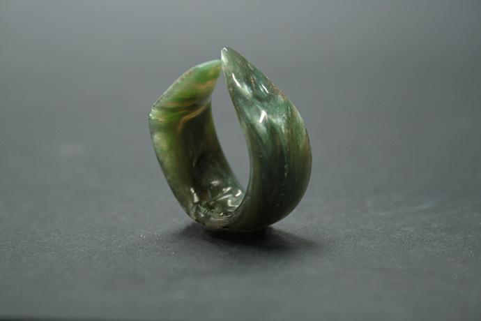 3-anello-un-tocco-d'unghia
