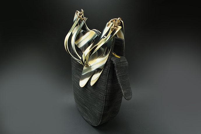 borsa-realizzata-in-acetato-di-cellulosa-e-lino-gallo-zebrato-(2)