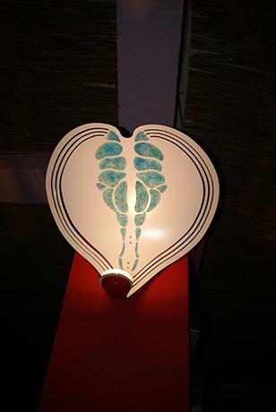lampada-da-parete-voilà-prima-versione-2012-realizzata-in-dibond-luce-a-led-e-materia-foto-luminescente-(3)