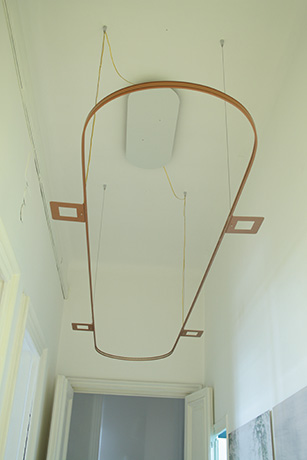lampadario-stabilizzatore-290-cm.-x-55-cm.-2015--realizzato-in-allumino-verniciato-e-strisce-led-2015--(1)