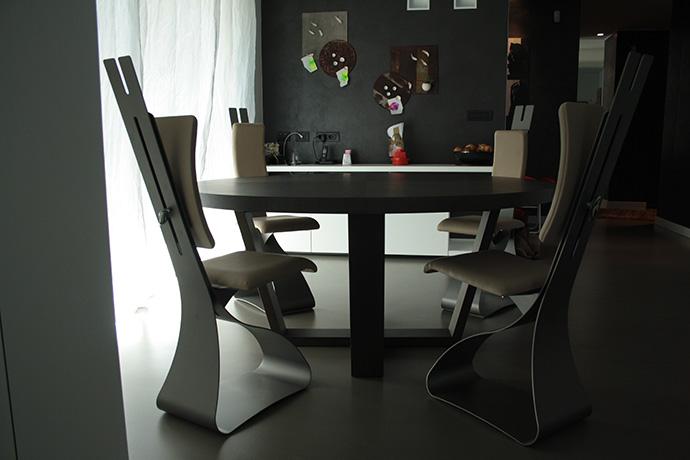 sedia-in-metallo-verniciato-seduta-e-schienale-regolabile-pellificati-2015-(5)