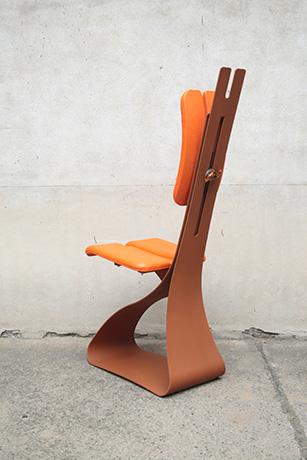 sedia-schiena-ribelle-verniciata-ruggine-schienale-regolabile-e-seduta-pellificati-arancione-2015-(3)