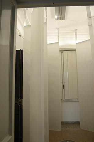 sei-lampade-da-terra-bosco-elettronico-60-cm.-x-10-cm.-x-300-cm.-2015-(9)